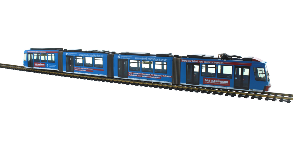 Adtranz Straßenbahn 1:87 H0<p> Gt 8 Varianten<p>  Abmessungen der Modelle: Breite: 2,8 cm, Höhe: 4 cm, Länge: Gt 4 21 cm, Gt 6 31 cm, Gt 8 41 cm.