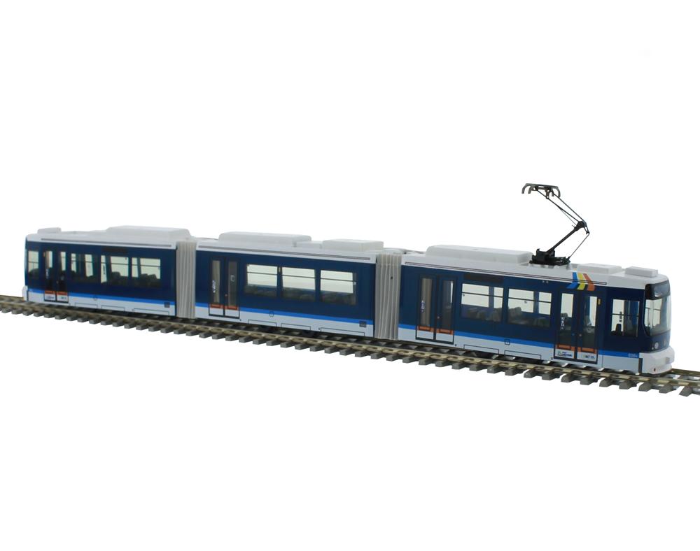 Adtranz Straßenbahn 1:87 H0<p> Gt6 Varainten<p>  Abmessungen der Modelle: Breite: 2,8 cm, Höhe: 4 cm, Länge: Gt 4 21 cm, Gt 6 31 cm, Gt 8 41 cm.